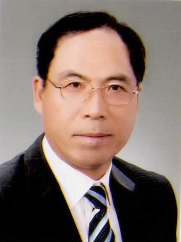 정갑철 교수 사진