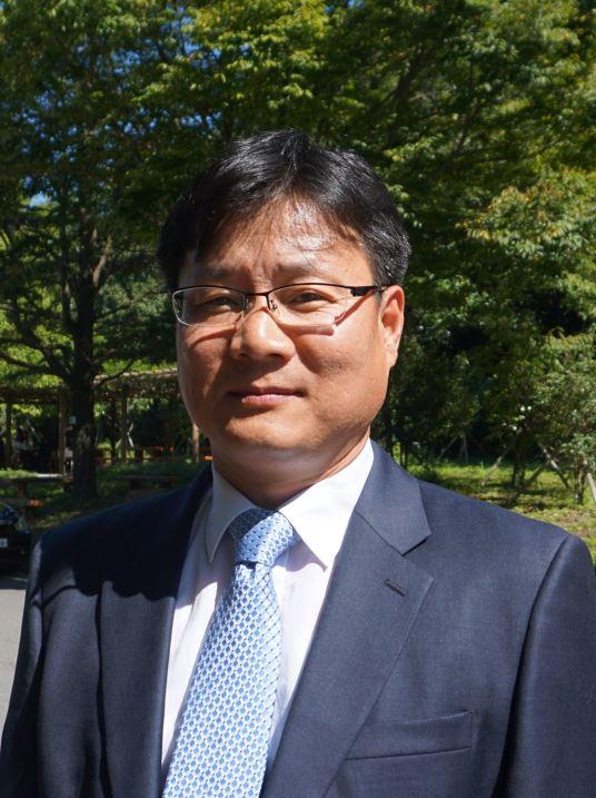 김기인 교수 사진