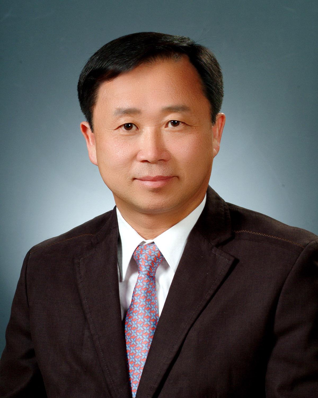 박송춘 교수 사진