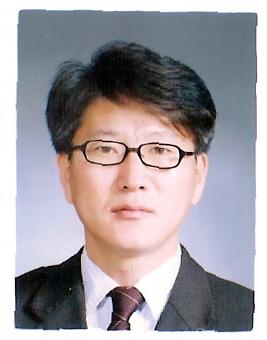 김동욱 교수 사진