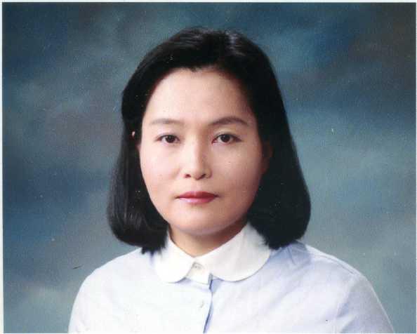 김윤희 교수 사진