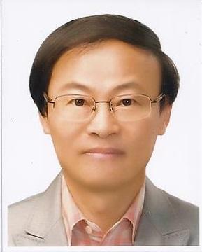 강만철 교수 사진